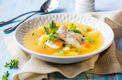 Рыбный суп из трески для ребенка